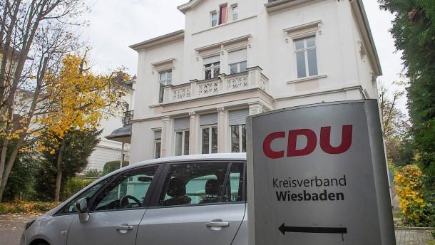 Wiesbadener CDU unter Verdacht