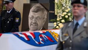 Wurde Walter Lübcke Opfer einer Terrorbande?