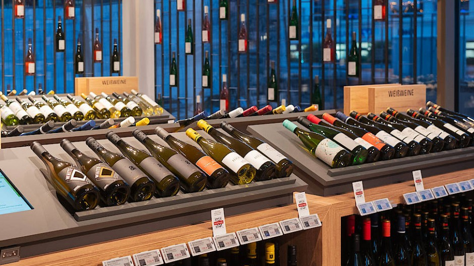 Ein Sortiment, das Kaufanreize schafft: Ludwig von Kapff-Weinlager in Eltville.
