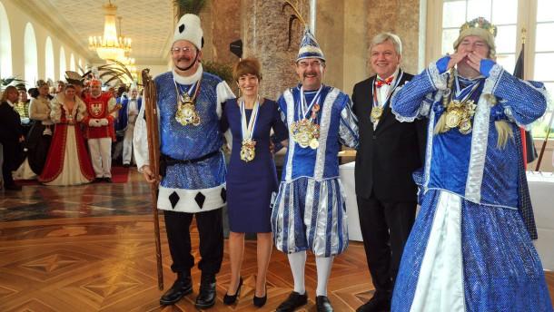 Bouffier empfängt Prinzen und Prinzessinnen