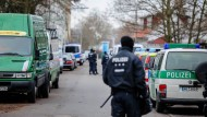 Einsatz: Szene von der Razzia gegen Salafisten in Frankfurt am 1. Februar