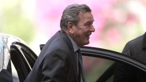 Bombendrohung bei Schröder-Geburtstag neu bewertet