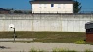 Ein Jugendgefängnis mit besonderem Konzept: In der JVA Wiesbaden leben die Jugendlichen in Wohngruppen zusammen.