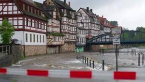 Behörden warnen vor Tauwetter und Hochwasser
