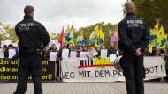 Auseinandersetzungen bei Salafismus-Demo befürchtet