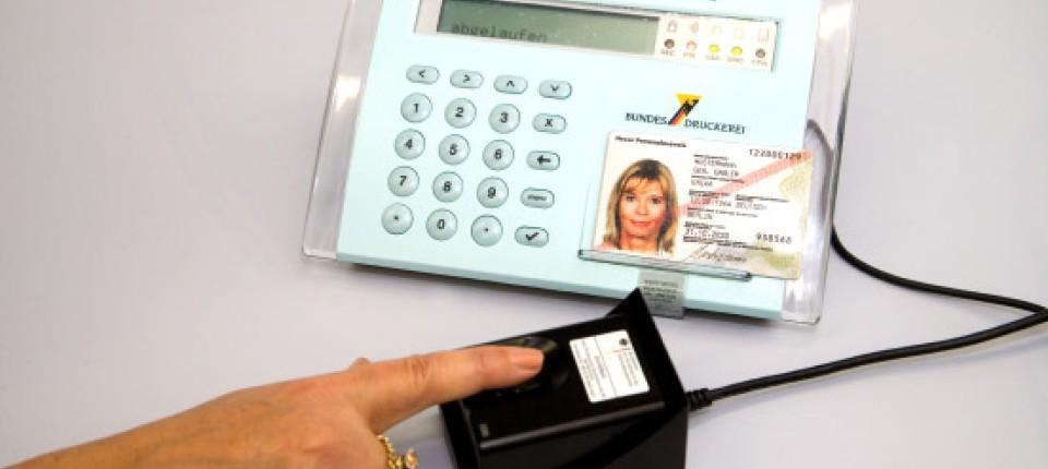 Neuer Personalausweis: Mit Geheimzahl und Fingerabdruck - Region und ...