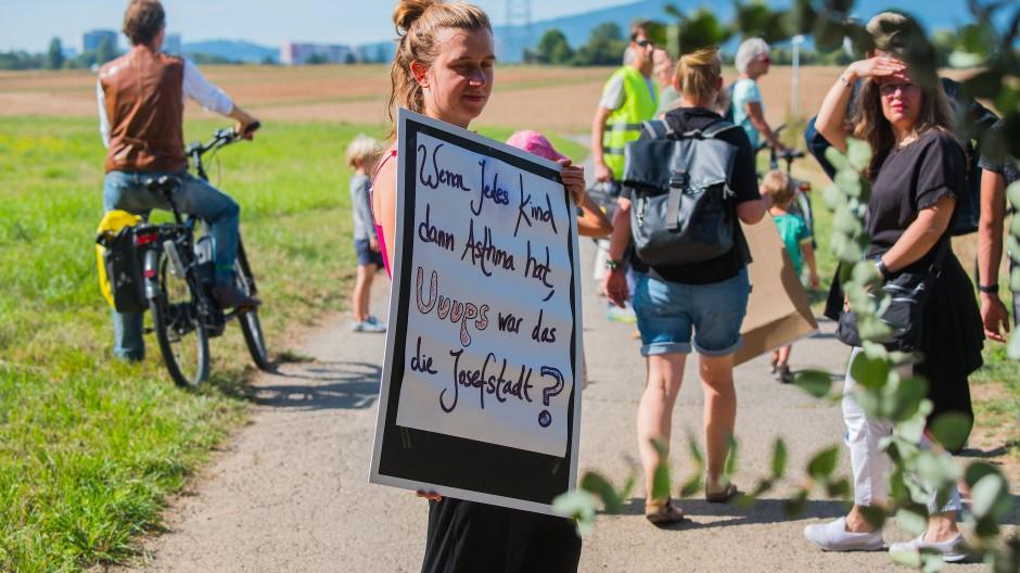"""Protest: Sie brachte bei einer Demonstration im September gegen die """"Josefstadt"""" die Gesundheit ins Spiel – nun entdeckt die CDU in der Region die Frischluftschneisen"""