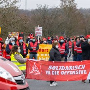 """""""Wir bleiben hier"""": Protest von Conti-Beschäftigten im Dezember 2020"""