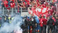 41 Platzstürmer von Offenbach identifiziert