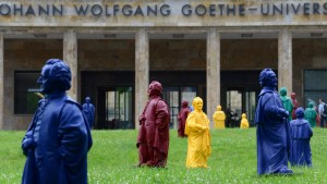 Goethe in Honiggelb und Enzianblau