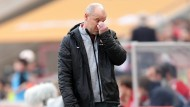 Seit 21 Jahren kein gutes Pflaster: Auch unter Trainer Schaaf kann die Eintracht in Köln nicht gewinnen. Beim 2:4 offenbart sie abermals große Schwächen.