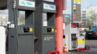 Diese Wasserstoff-Tankstelle am Industriepark Höchst ging schon 2015 in Betrieb. Nebenan fällt Wasserstoff in der Chlorchemie an, als Abfallprodukt