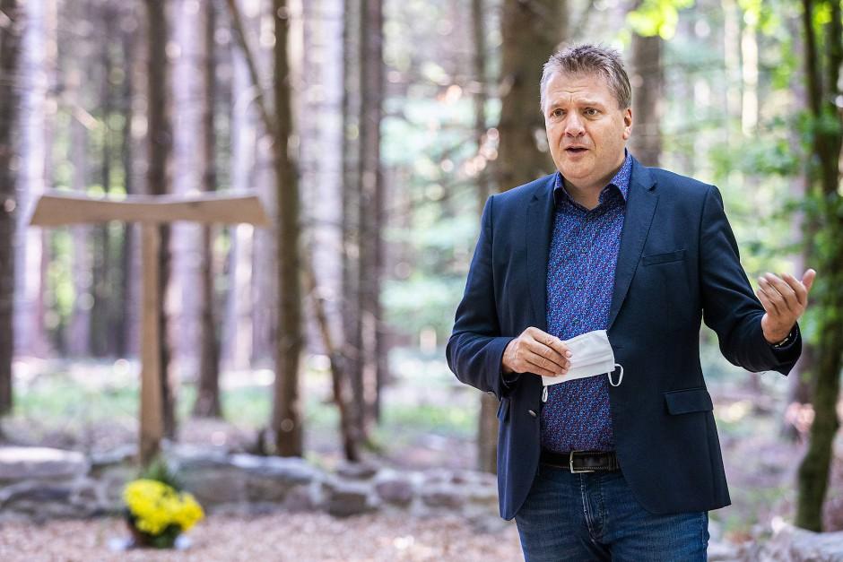 """Landrat Ulrich Krebs (CDU): """"Präsenzunterricht muss auch in schwierigen Lagen möglich sein."""""""