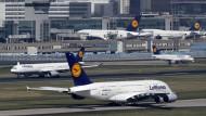 Elf Passagiere bei Auffahrunfall verletzt