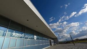 Flughafen Kassel nimmt Geld mit Grundstücken ein