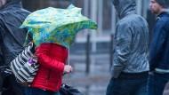 Stürmischer Ferienbeginn in Hessen