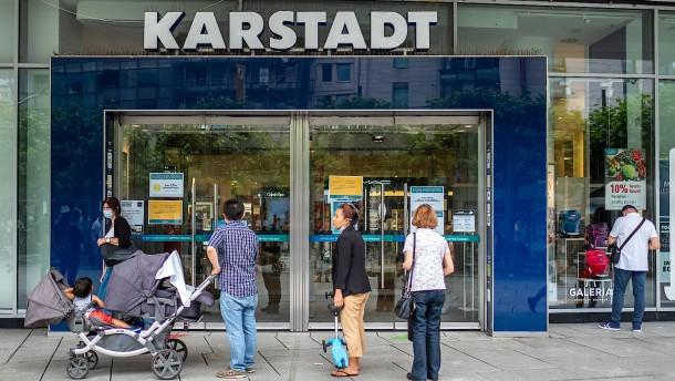Karstadt soll an der Zeil bleiben