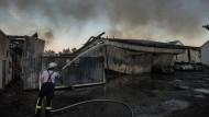 Zerstört: die in Flammen aufgegangene Sporthalle in Rüsselsheim