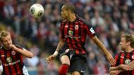 Abwehrmann Anderson verlängert Vertrag