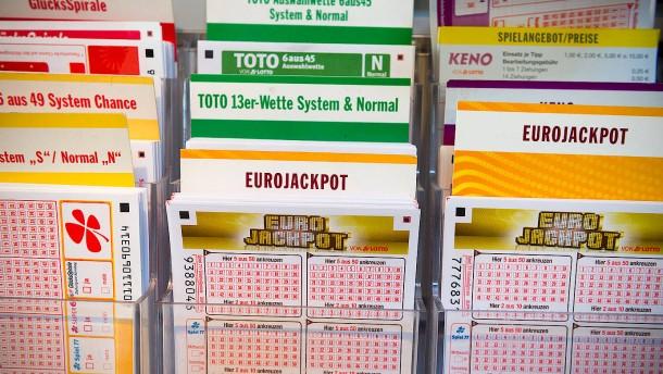 Hesse gewinnt 10.000 Euro Sofortrente im Monat