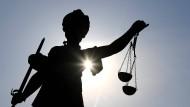 Wieder vor Gericht: Das ist nicht der erste Prozess für den Mann gegen den Asta (Symbolbild).