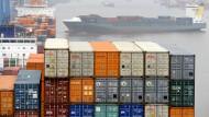 Verschifft: Auch hessische Produkte werden mit Containern in die ganze Welt transportiert.