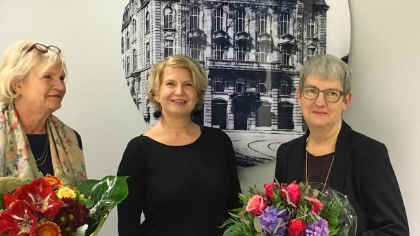 Direktorin der Frankfurter Volkshochschule freigestellt