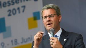 Oberbürgermeister von Rüsselsheim wird Staatssekretär