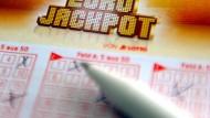 Gelungene Kombination: Wer beim Lotto gewinnt, kann das Geld innerhalb von drei Jahren abholen.