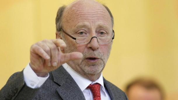 Minister Posch kündigt Rücktritt an