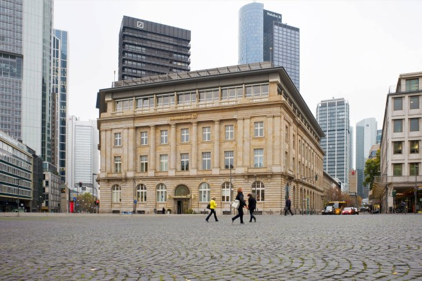 Bild Zu Frankfurt Deutsche Bank Veräußert Ihre Filiale