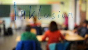 Hessen tritt bei Teilhabe behinderter Schüler auf der Stelle