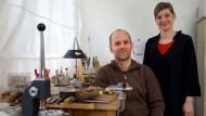 Gemeinsamer Arbeitsort: die Goldschmiede im Atelier von Pia Sommerlad und Nils Schmalenbach