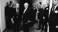 Szene aus Frankfurt: Siegried Lenz und Marcel Reich-Ranicki 1999 bei der Verleihung des Goethepreises in der Paulskirche