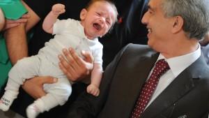 Glückliche Kinder, glücklicher Magistrat