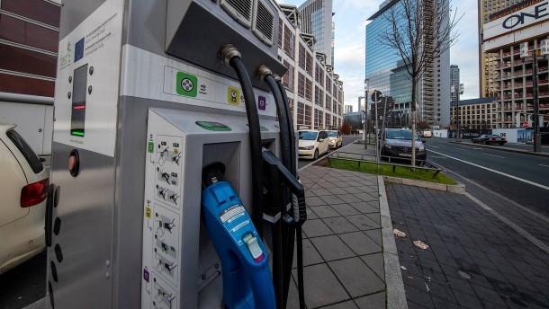 Frankfurt bei E-Mobilität schwach