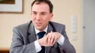 Kann über erfreuliche Arbeitsmarktzahlen berichten: Frank Martin, Chef der Regionaldirektion Hessen