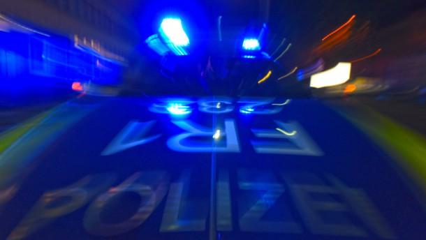 Verletzter Mann stirbt in Wohnung in Maintal