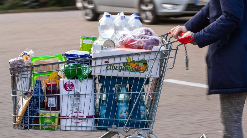 Fülle: Im Mittel um 3,4 Prozent waren Verbrauchsgüter in Hessen teurer als vor einem Jahr, das lag aber vor allem am Mehrwertsteuer-Effekt.