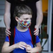 Lieber mit: Die Maskenpflicht in Schulen wird ausgeweitet.