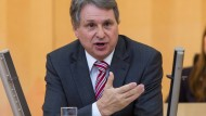 """""""Investitionsquote auf einem historischen Tiefpunkt"""": Norbert Schmitt (SPD) rügt Schwarz-Grün"""