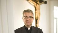 """""""Nach der strengen katholischen Lehre ist der sexuelle Verkehr zweier Menschen, die nicht verheiratet sind, Sünde"""": Peter Kohlgraf, ernannter Bischof von Mainz"""