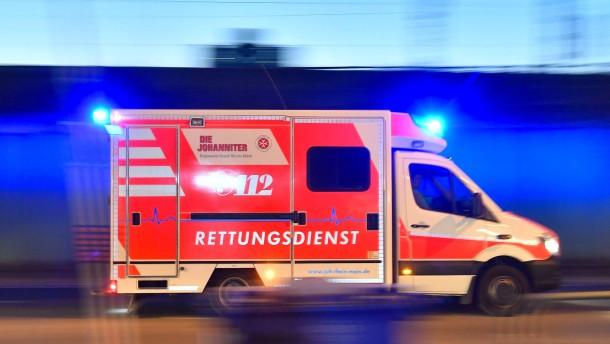 Brandstifter festgenommen – Fußgängerin schwer verletzt
