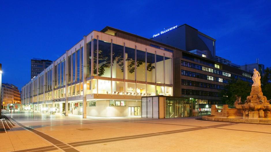 Die Debatten um die Rettung des Schauspielhauses erhitzen in Frankfurt schon länger die Gemüter.