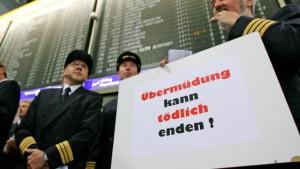 Piloten demonstrieren gegen Überlastung