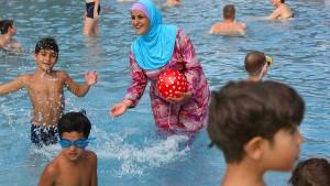 Ein Schwimmbad für Muslime