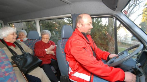 Anruftaxi und Bürgerbus ergänzen den Nahverkehr