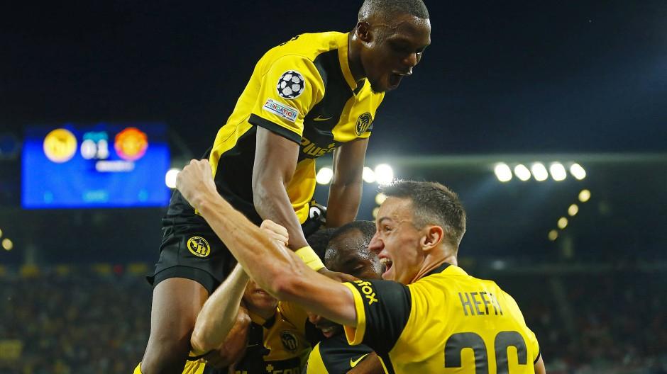 Überraschend obenauf: Bern schlägt Manchester United