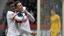 Glückliche Monegassen, bediente Leverkusener: Monaco gewinnt dank Ocampos (r.)