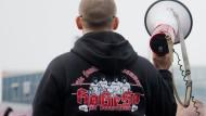 Machten Pegida erst möglich: die Hooligans und ihre kruden Vorstellungen